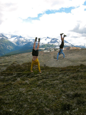 2 handstands